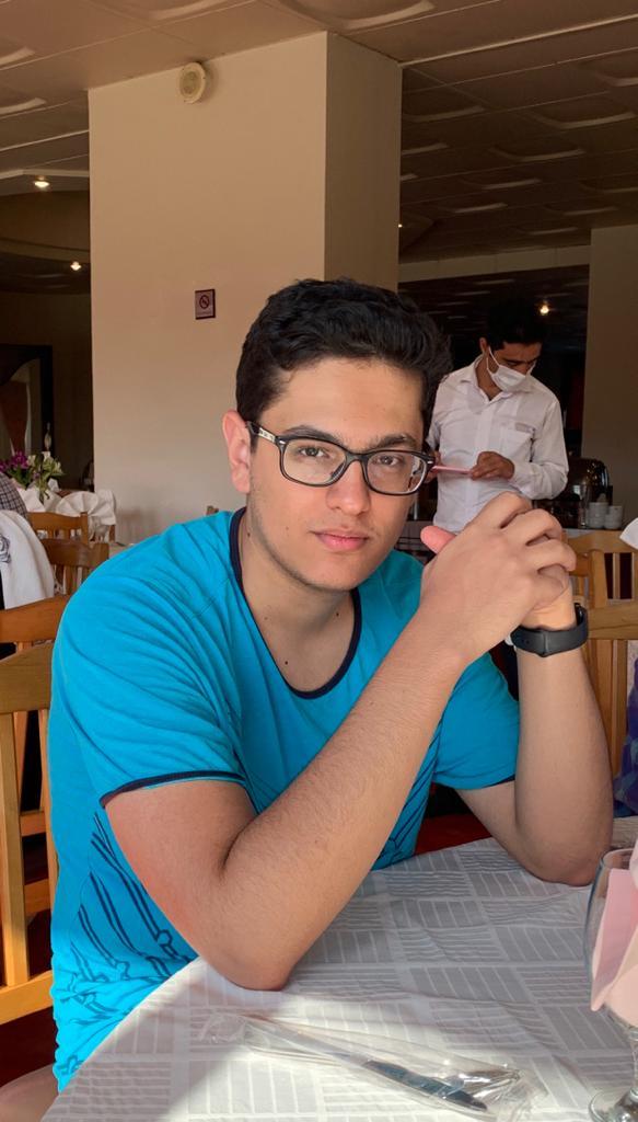 احمد هاشمی